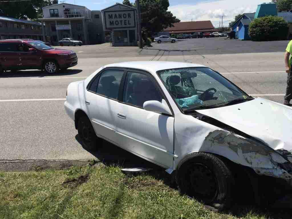 Accident Car vs. Pole – 2800 Block West 8th